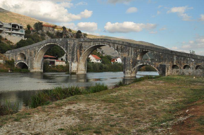 Outra perspectiva da ponte